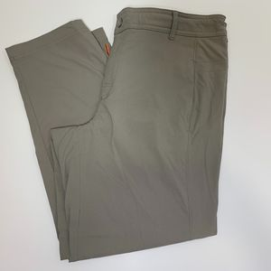 Lucy Womens Tan Stretchy Cropped Pants Size Medium